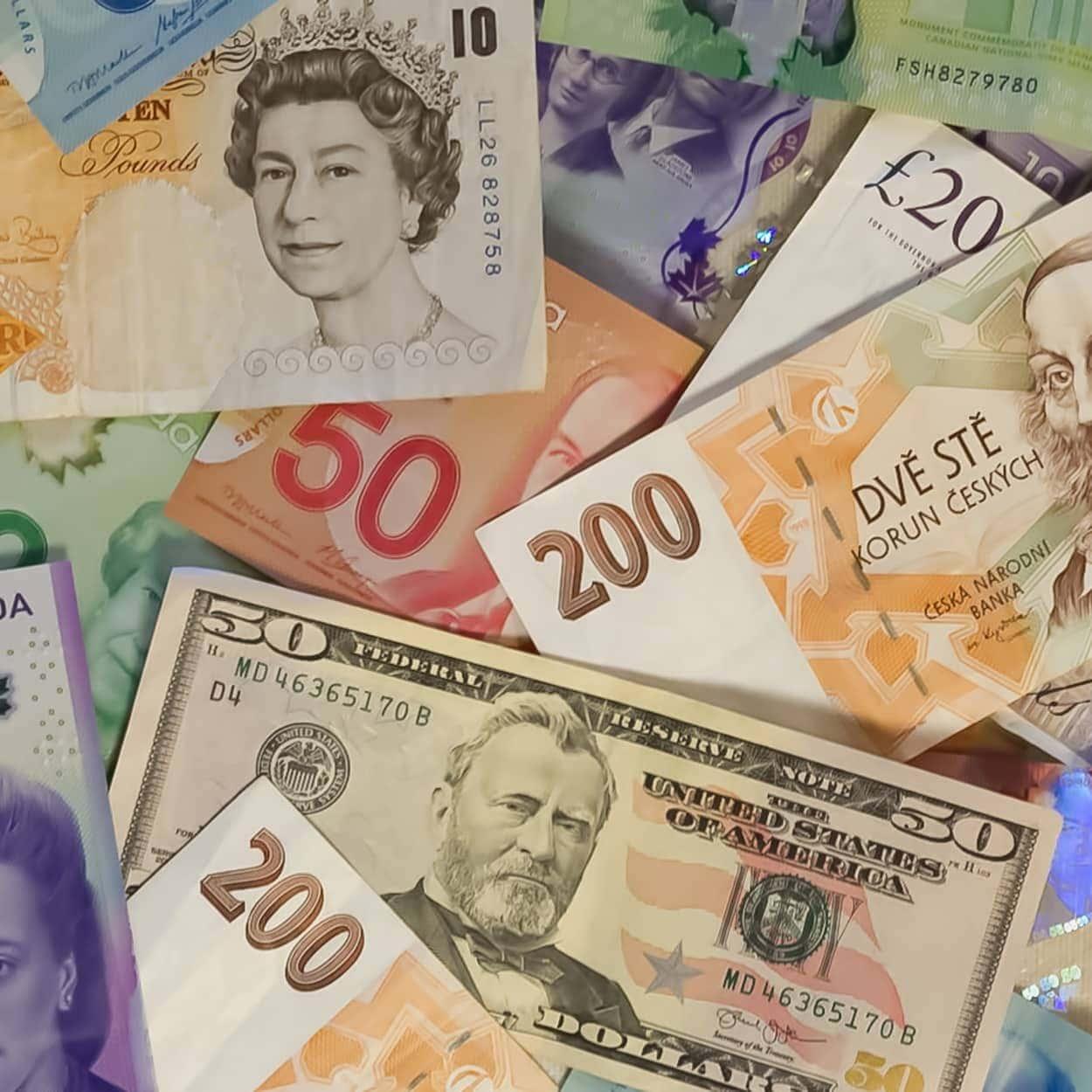 Euro to PHP : convertir sa monnaie en ligne